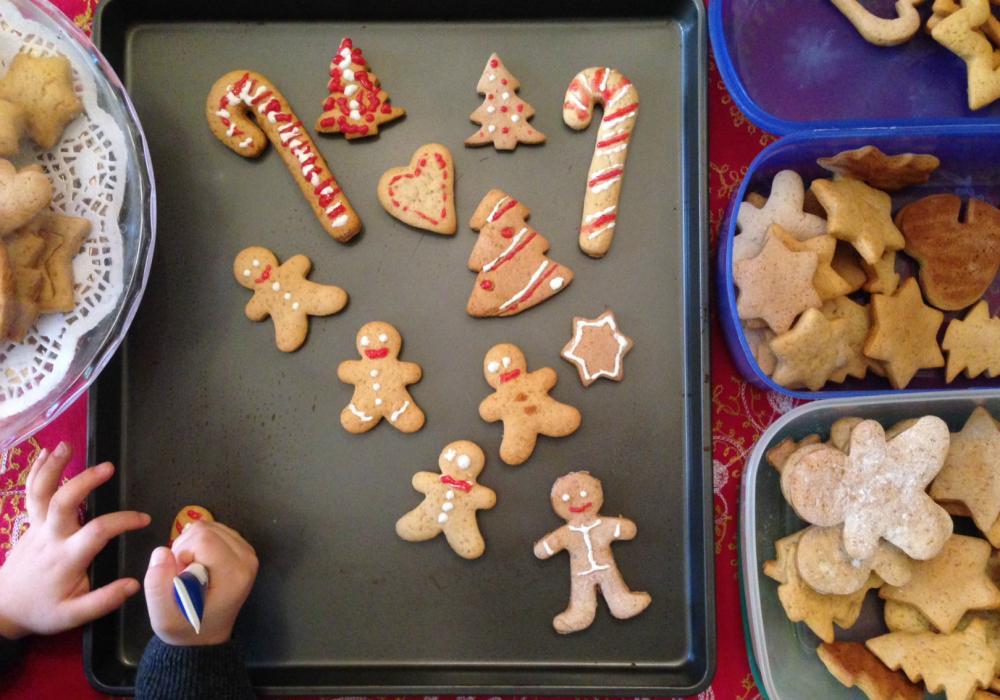 decoriamo i biscotti di Natale