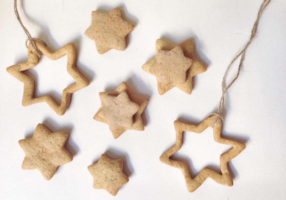 gingerbread biscotti a stella