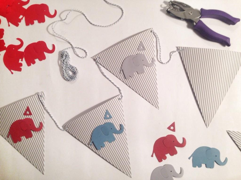 Banner con elefantino