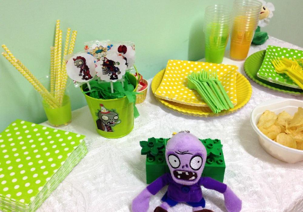 tavola piante contro zombi1